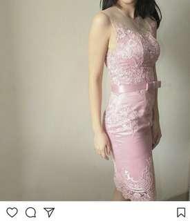 Dress pink lace xs