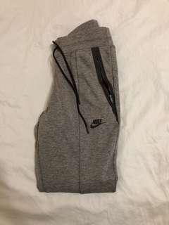Nike - Grey Joggers