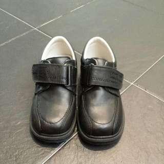 Bubble Gummers Boys black Shoes @ SGD20