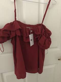 Ruffle off shoulder top sz12