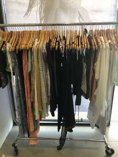 Bulk clothes sale 50 pieces