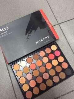 Morphe 35o2 eyeshadow