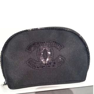 chanel vip black makeup bag