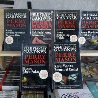 Buku novel Erle Stanley Gardner | Perry Mason