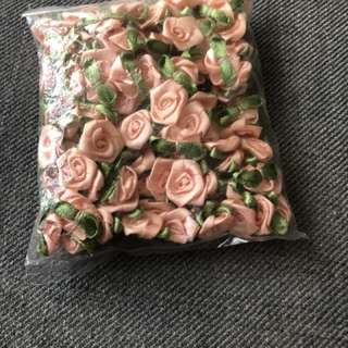 Roses for sewn on. Pkt to go by mail only