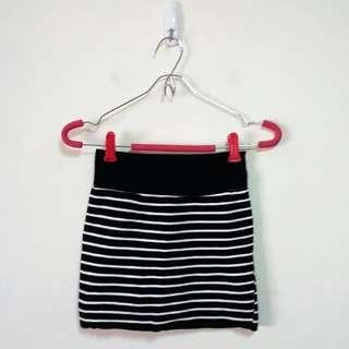 橫條紋鬆緊針織短裙