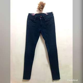 UNIQLO Denim Skinny Pants/ Trousers/ Jeans