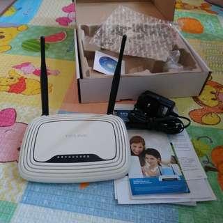 二手 TP-LINK Router TL-WR841N