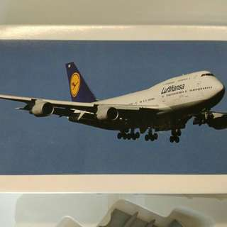 德航747-400飛機模型Lufthansa 747-400 aircraft model (1:200 連盒 with box)