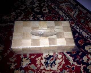 Kotak tissue bambu