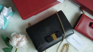 Salvatore Ferragamo Miss Vera Bow Chain Bag