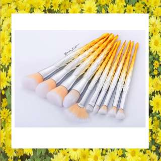 Yellow Brush Set