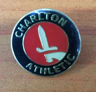 Collectibles...Vintage CHARLTON ATHLETIC PIN