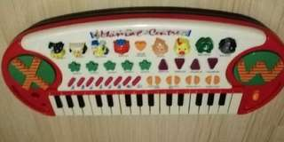 Mini musical keyboard