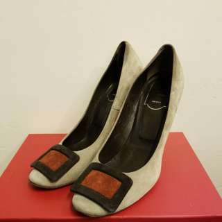 Roger Vivier 38 grey suede leather high heels