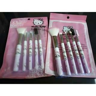 Paket kuas Hello Kitty