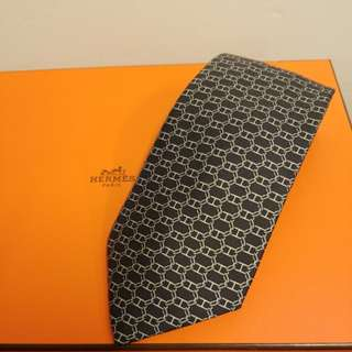 Hermes grey pattern silk tie