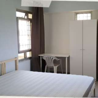 Large breezy seaview bedrooms (no owner)