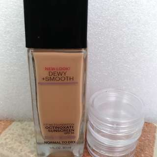 Maybelline Fit Me New Look DEWY+SMOOTH SPF18 share in jar 5gr
