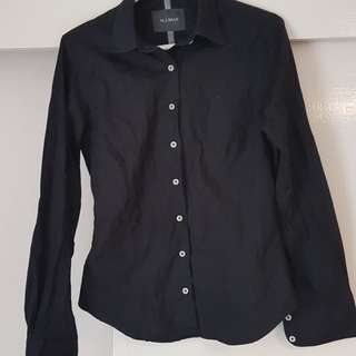 MJ Bale black shirt