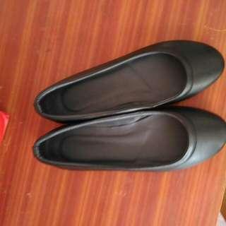 Simple black shoes