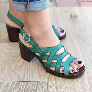 Catléia Brazil sandals - all leather strappy heels green chunky