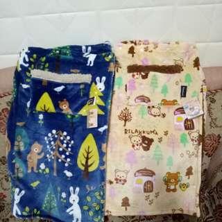 拉拉熊& le Sucre羊羔絨毯 騎車圍裙毯 蓋毯 披肩毯 蓋腳毯 童毯 超柔軟超實用冬天必備保暖商品