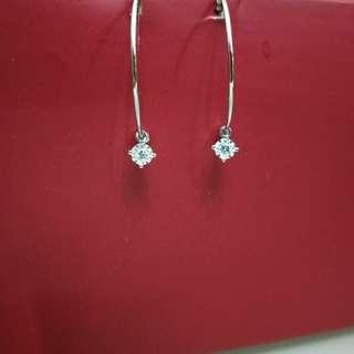 全新18K白金鑽石耳環,鑽石重0.06ct