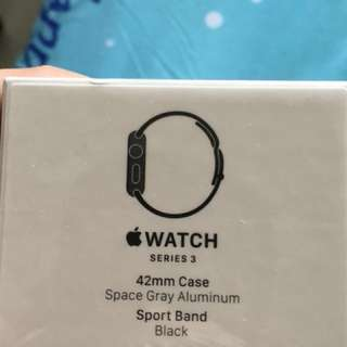 Apple Watch Series 3 (GPS) 42mm aluminium Space grey/black sport band