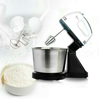 Portable baking hand mixer with detachable stainless steel