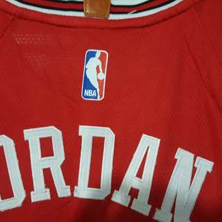 Jordan Bulls Jersey Nike design