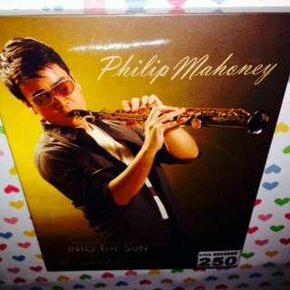 Philip Mahoney-Into The Sun (CD)