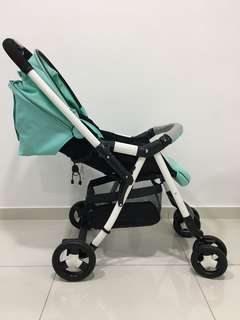 Preloved Combi Urban Walker Lite Stroller