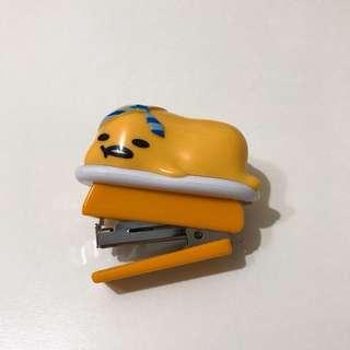 蛋黃哥 釘書機