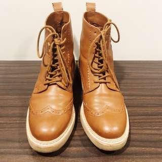 Stradivarius Boots in Tan Size 37