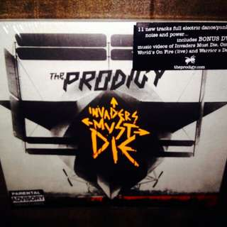 Prodigy	-	Invaders Must Die (CD+DVD)