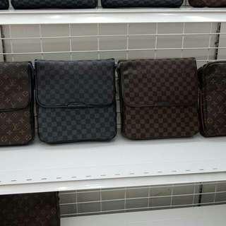 Sling bag 100% leather