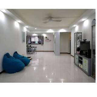 Renovated High Floor HDB 5I