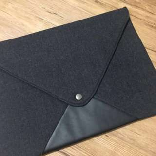 Felt Envelope Laptop Sleeve In Dark Grey