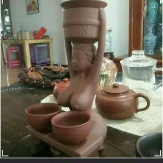 紫砂茶具(最後1個)(1凳,2杯,1過濾)