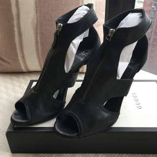 GF  (Gianfranco Ferré) Ferre leather zip up sandals   *Made in Italy  @Size 37  .