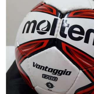 Size 5 F5V1700-R-SH Pvc Ball