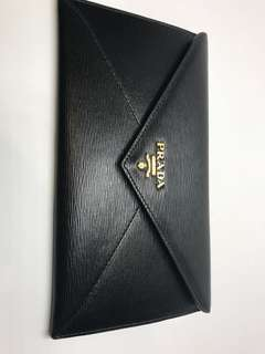 Prada Wallet 勁熱賣 信封款 全新低買 購自歐洲保證真品