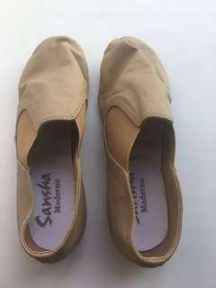 Sansha dance shoes