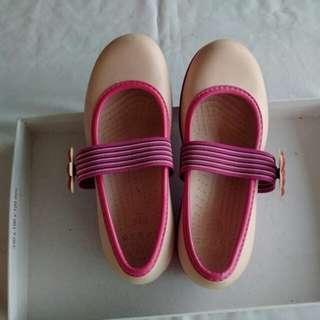 Crocs pink ori untuk anak