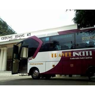 Rental mobil wisata murah di Jakarta, Medium Bus (27-32 seat) hanya 1,8 Juta + driver + BBM.