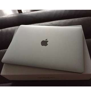 "MacBook Pro 2016 model 13"" Excellent Condition (1750sgd)"