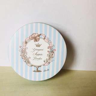 日本CLBU COSME 素顏美肌蜜粉餅
