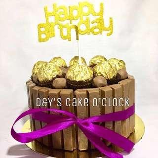 KITKAT BORDERED CAKE W/ MALTESERS & M&MS