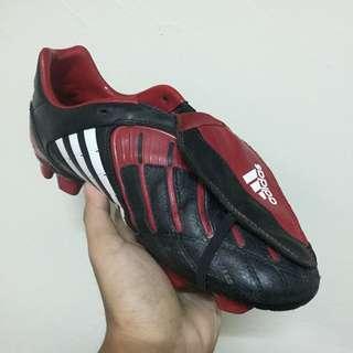Adidas Predator Powerswerve